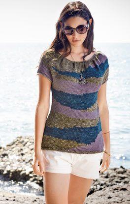 Pulli mit Farbflächen und Falten am Ausschnitt