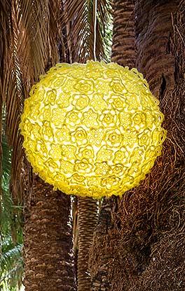Häkelblüten für Ballonlampe
