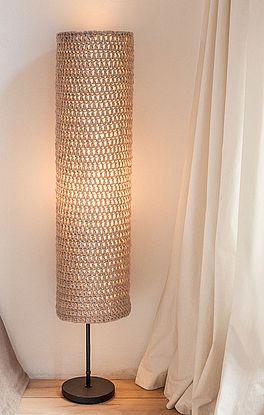Lampenschirm in Stäbchen